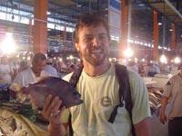 Fazendo amizades no mercado, em Manaus